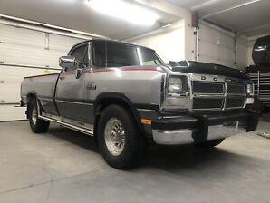 1992 Dodge Ram D250 Cummins 2WD **Mint**