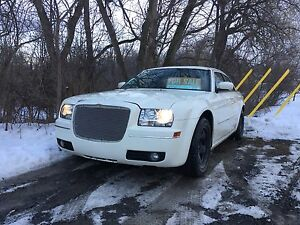 Chrysler 300 Cream White for sale/trade $3500