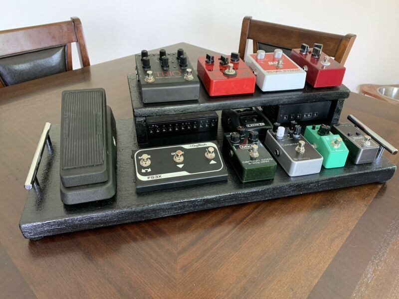 Custom Guitar Effects Pedalboard