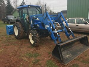 2007 new Holland 4x4 tractor low hours