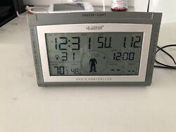 La Crosse Technology Atomic Projection Alarm Clock