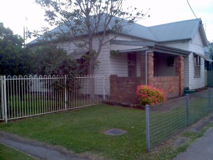 RENOVATED 3 BEDROOM HOUSE ON LARGE BLOCK