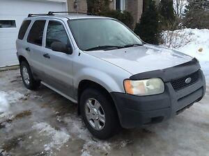 Ford escape 2003 4x4