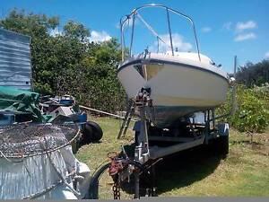 Motor sailer Airlie Beach Whitsundays Area Preview