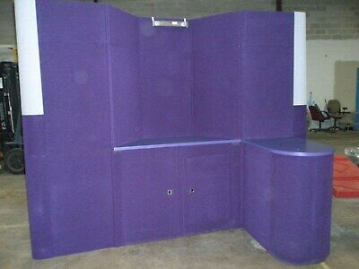 Modular Portable Exhibit System Trade Show Booth With Two Counters 10 X 10