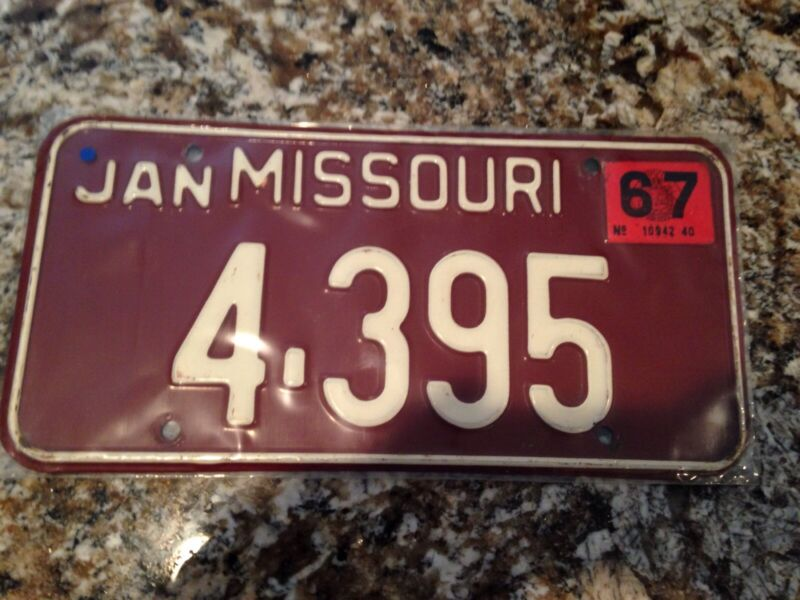 1967 Missouri License Plate 4 395