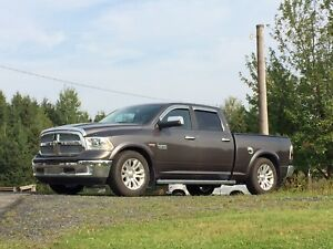 Dodge ram 1500 laramie longhorn