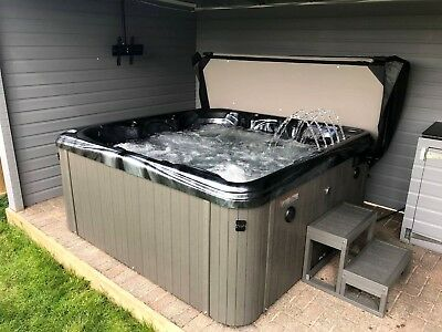 Brand New CrescentBay Deluxe II Hot Tub, Balboa Control, Free Bluetooth Speakers