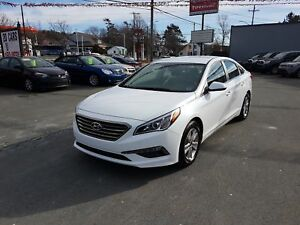 2017 Hyundai Sonata GL Like New!! Bluetooth! Heated Seats! ($...