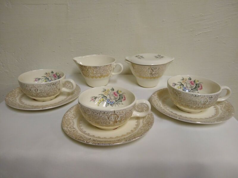Salem China Co. 3 Cups & 3 Saucers, Creamer , Sugar Bowl & Lid, 23 kt gold trim
