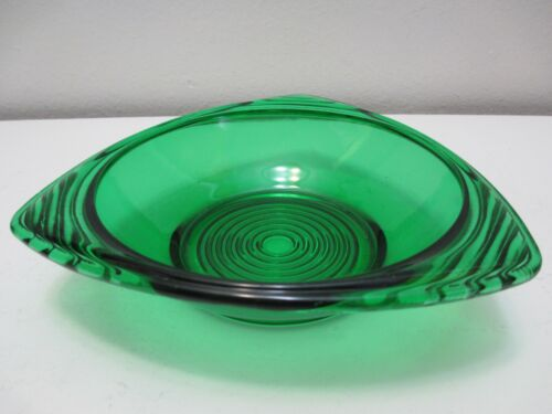Vintage Anchor Hocking Glass Snack Serving Bowl Dish Triangle Forest Green