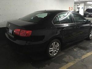 2011 Volkswagen Jetta trendline+ $9,500