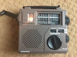 GRUNDIG FR-200 Emergency AM FM Radio Rechargeable