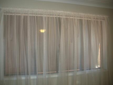 Luxury Retractable Folding Arm Awning 3m 2M Curtains