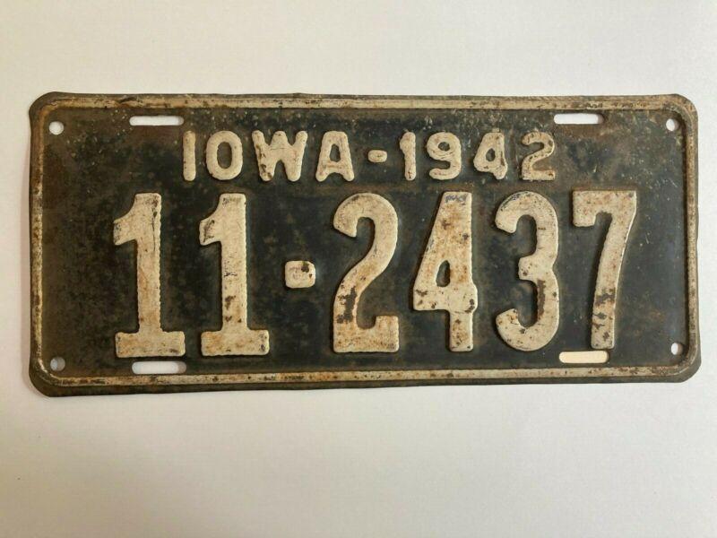 1942 Iowa License Plate All Original Paint