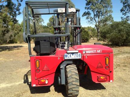 M4 Moffett Mounty Forklift Kyneton Macedon Ranges Preview