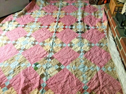 Antique hand stitched quilt beautiful four poster bed quilt very very old wonder