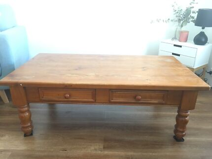 Coffee Table And Side Cabinet For