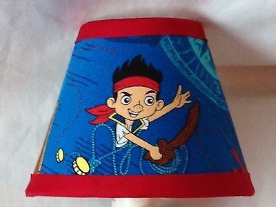 Jake And The Neverland Pirates Bedroom (Jake and the Neverland Pirates Fabric Children's Night Light)