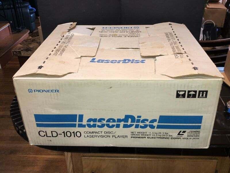 Pioneer Compact Disc/Laservision Player Model CLD 1010 w/ Remote An Original Box