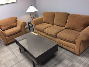 Free delivery: orange fabric couch set