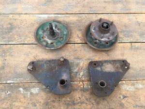 Tow Brackets and Spindles