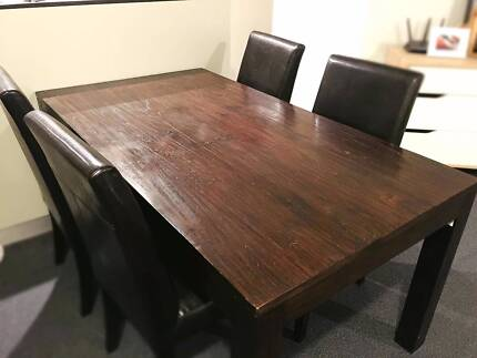 High quality 5-piece solid wood dining table