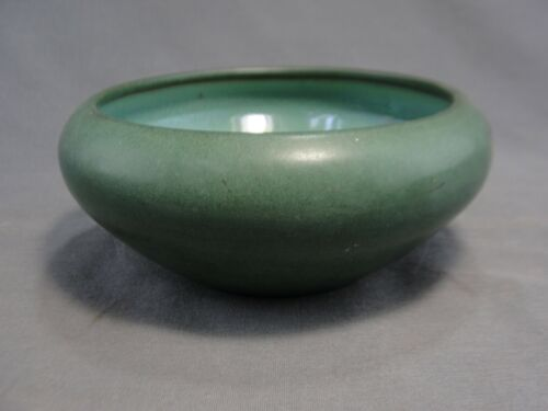Scarce Marblehead Pottery Matte Green Bowl Arts & Crafts Mission Hand Thrown