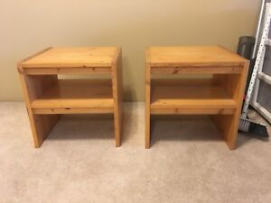 2 solid pine side tables
