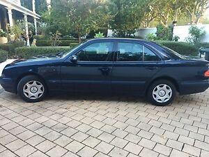 2001 Mercedes-Benz E200K Sedan Norwood Norwood Area Preview