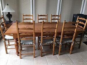 table réfectoire et chaises