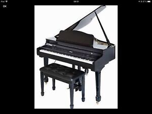 Piano   baby grand digital Suzuki GP3 orchestral en exc. cond