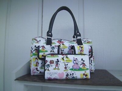 NEW DISNEY PARKS COMIC MICKEY & MINNIE & PLUTO COLLAGE BAG W/POCKETS AND WALLET