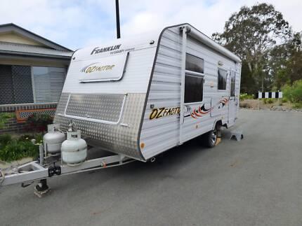 Franklin Oz Factor caravan 2011 Very good condition.