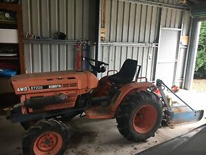 Kubota 4wd tractor & slasher b7200 Millthorpe Blayney Area Preview
