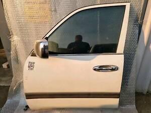 Toy. L.Cruiser 100 series Front Left door 1998 - 07 - SAP2381
