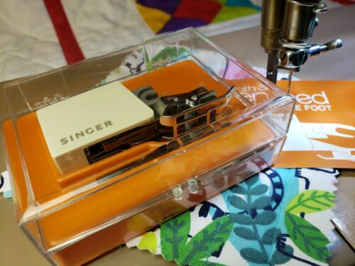 Singer Smooth & Even Feed  C400 Slant Needle ~ Featherweight 301a Tested QUILT!