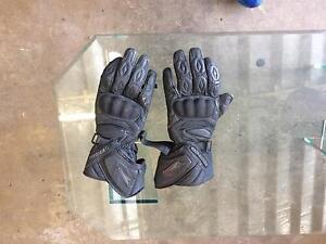 Motorbike gloves Fortitude Valley Brisbane North East Preview