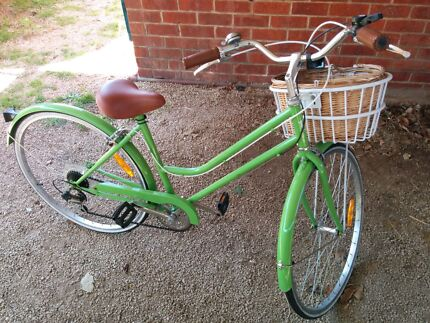 Classic girl's bike, 7 speed, with lock Adelaide CBD Adelaide City Preview