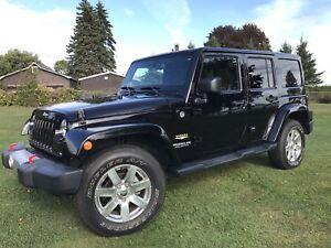 2014 jeep wrangler unlimited Sahara cuir GPS (rubicon)