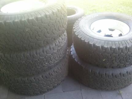 """Toyota 15"""" sunraysia rims with tyres 3 x 33"""" + 2 x 35"""" tyres (5) Deagon Brisbane North East Preview"""