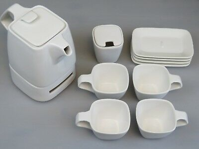 Bredemeijer Wing Modern Bone China Tea Set -Teapot -Sugar Bowl -4 x Cup/Saucer