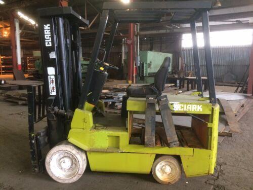 Clark Forklift 6,000 lbs capacity EC500. No batteries.