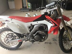 2014 CRF 250r Calliope Gladstone Surrounds Preview