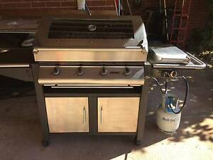 Sunc 4 burner and a side burner with gas bottle and auto switchs Gordon Tuggeranong Preview