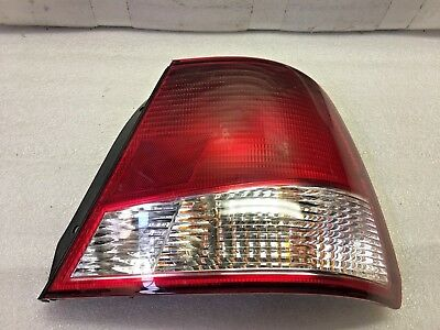 00 01 02 HYUNDAI ACCENT HATCHBACK RH TAIL LAMP NEW OEM GENUINE NOS 92402-25230 Accent 00 01 02 Tail
