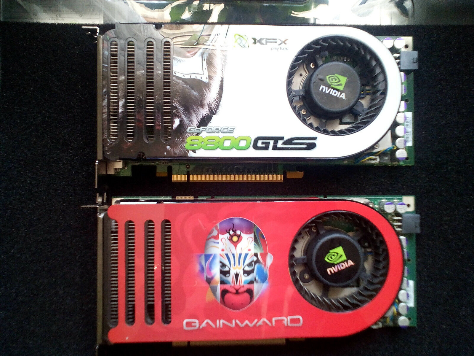 2 x Nvidea GeForce 8800 GTS (640 MB) (471846200-8279) PCIe Grafikkarte TOP