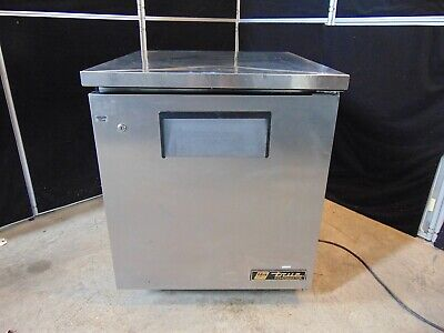 True Tuc-27 Undercounter Refrigerator 27 Wide X 30 Deep X 33 Tall S4195