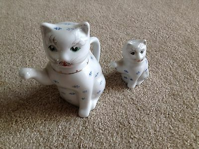 CAT TEAPOT WHITE CERAMIC TEA POT & CREAMER  Set of Two  HOME KITCHEN DECOR
