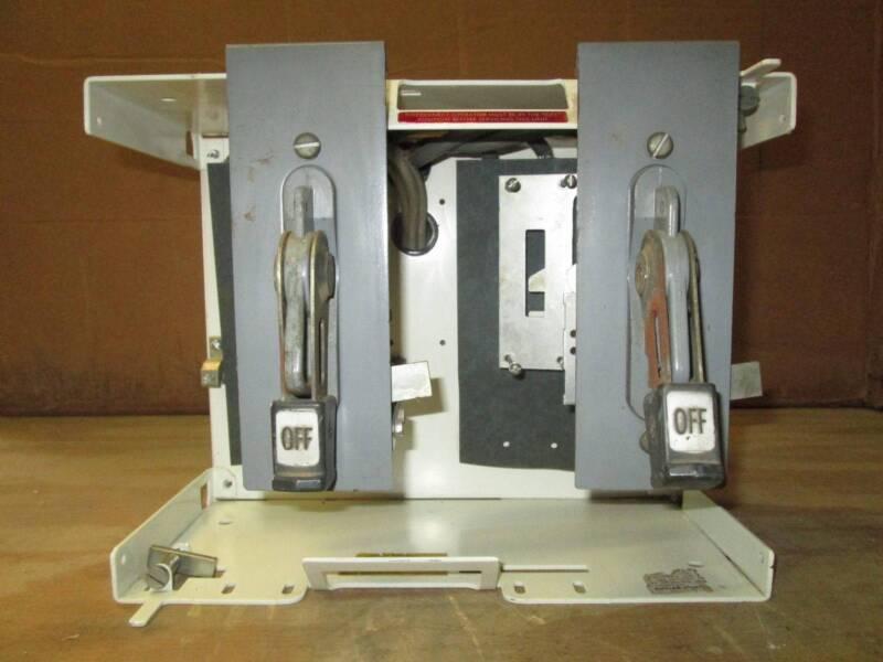 Cutler-Hammer Eaton Unitrol F10 30 & 100 Amp Dual Breaker Feeder MCC Bucket MCCB